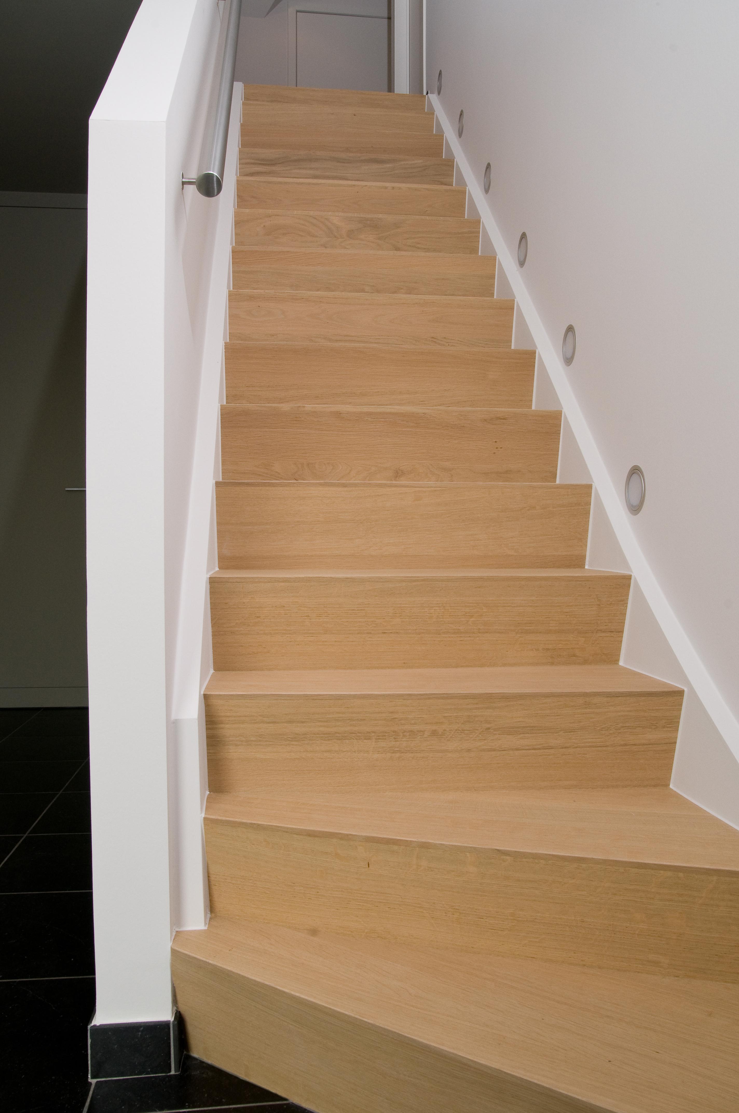 Renovatie van uw oude trap traprenovatie door trap2 for Renovatie houten trap